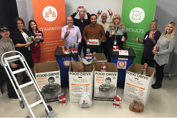 Advisor Group collects donations for a local food drive